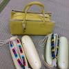 パンチがある元気な真綿草履とおしゃれ革バッグ
