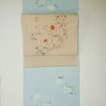 夏のさわやか可愛い小紋と染め帯、白地横段と水色に花