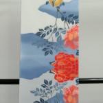 2枚型の鮮明で上品な色の重なりの三勝浴衣5反入荷中